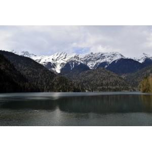 Абхазия. Озеро Рица.